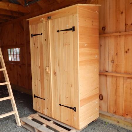 2x4 Garden Closet - Exterior