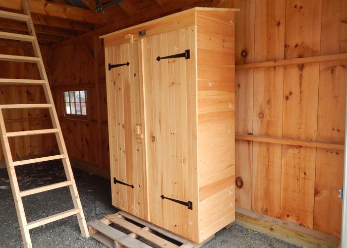 2x4 garden closet exterior