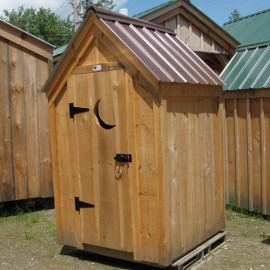 4x4 Functional Outhouse