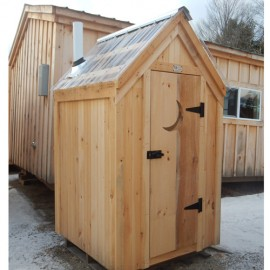 4x4 Working Outhouse