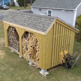 8x16 Woodbin - Asphalt shingle roof