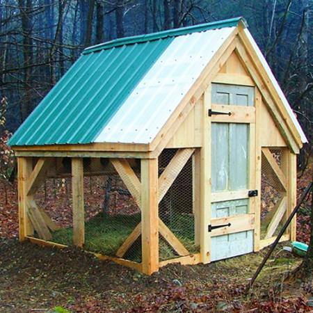 8x8 Chicken Coop Exterior