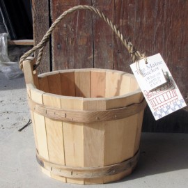 Wishing Well Bucket