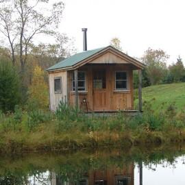 10x16 Pond House