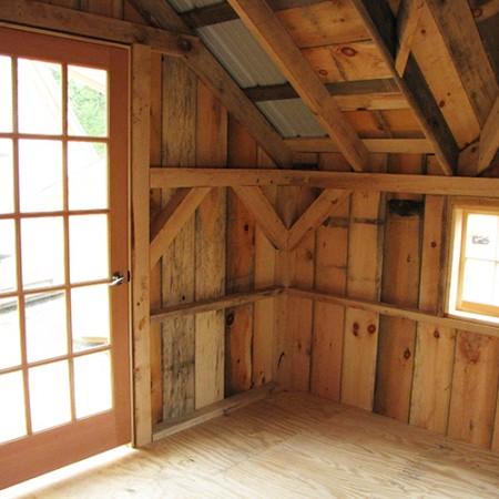 12x16 Backyard Retreat Interior