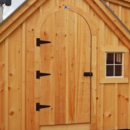 Factory-built pine arched door