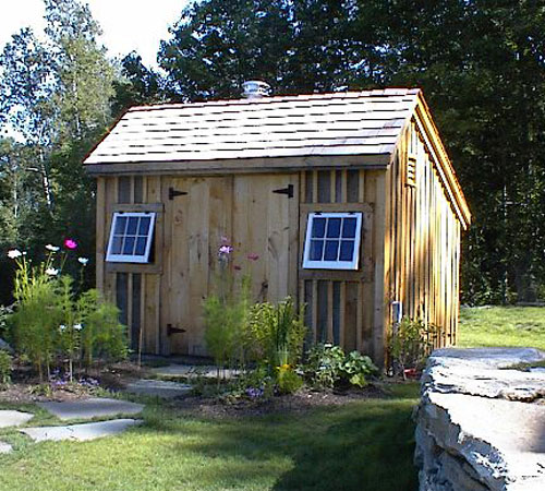 10x12 Customized Saltbox - Exterior